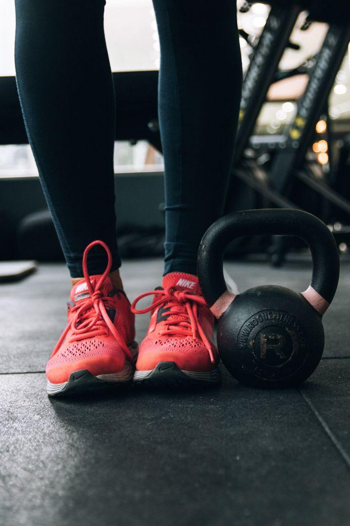 jak ćwiczyć żeby schudnąć